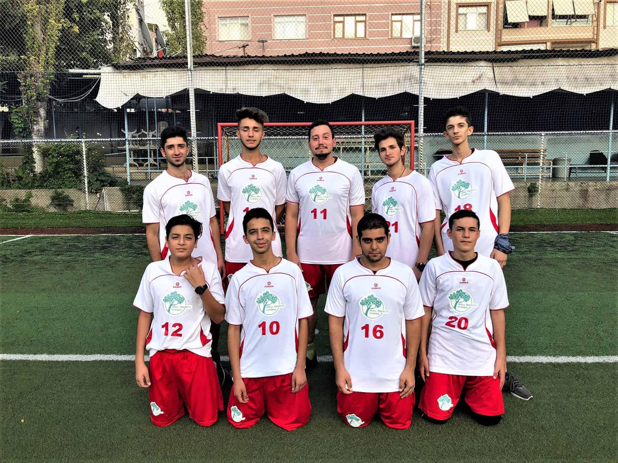 istanbul-syrian-refugee-football-team-spi (2)