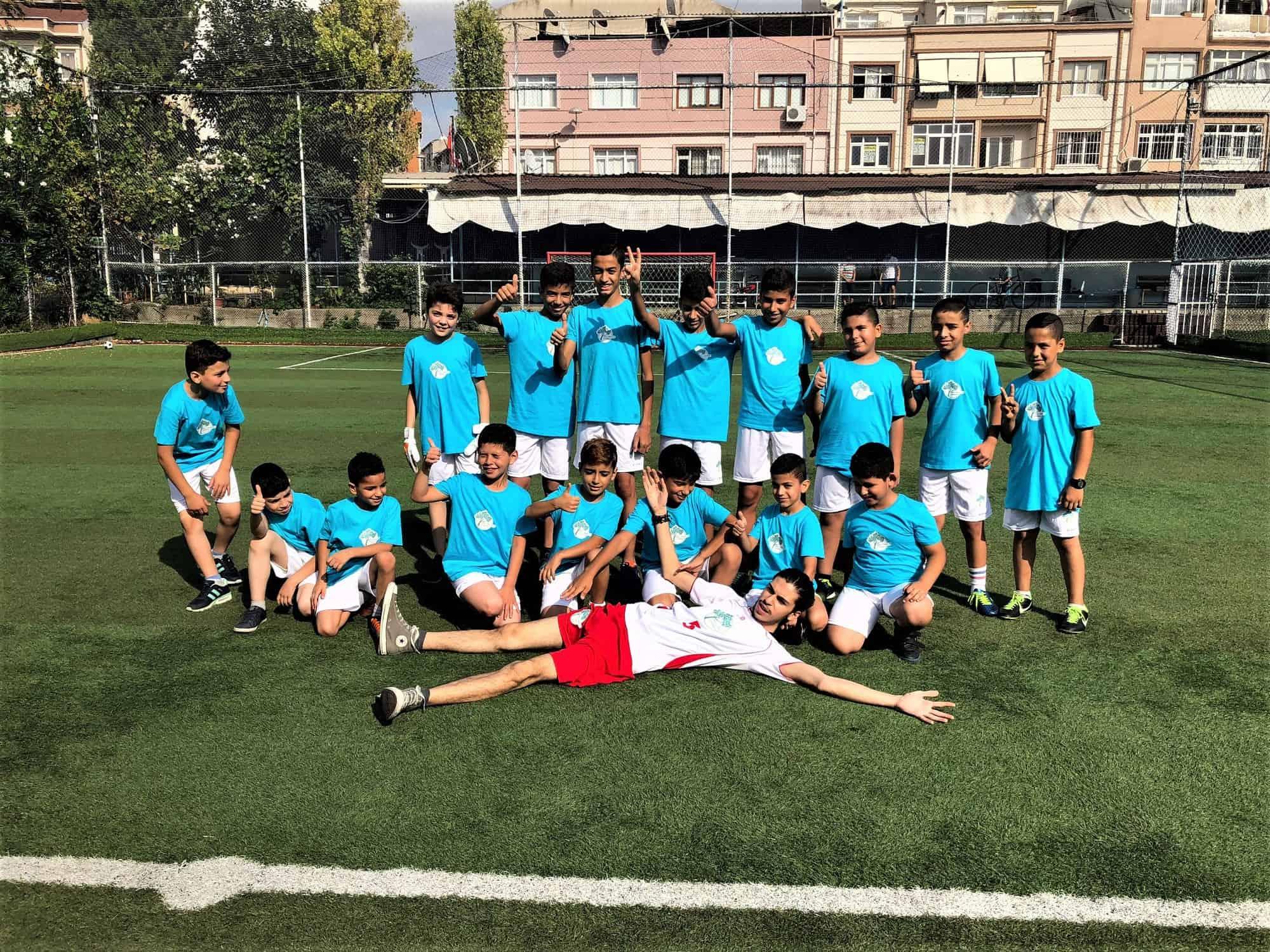 istanbul-syrian-refugee-football-team-spi (3)
